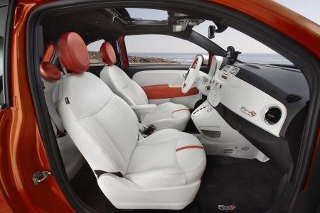 科学家研究出可降低电动汽车仪表板温度的新型石墨-聚