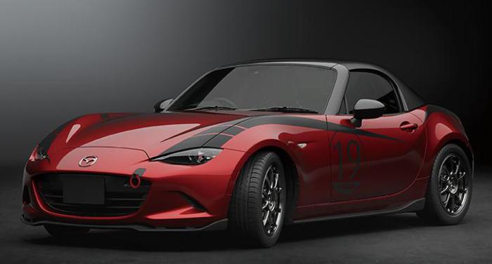 轻量化,黑科技,前瞻技术,热点车型,马自达碳纤维车顶,马自达Miata概念车,马自达Miata Drop-Head Coupe